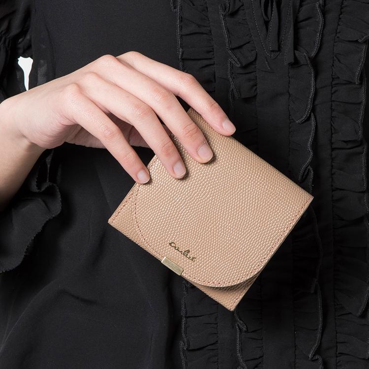 ルナ 二つ折り財布