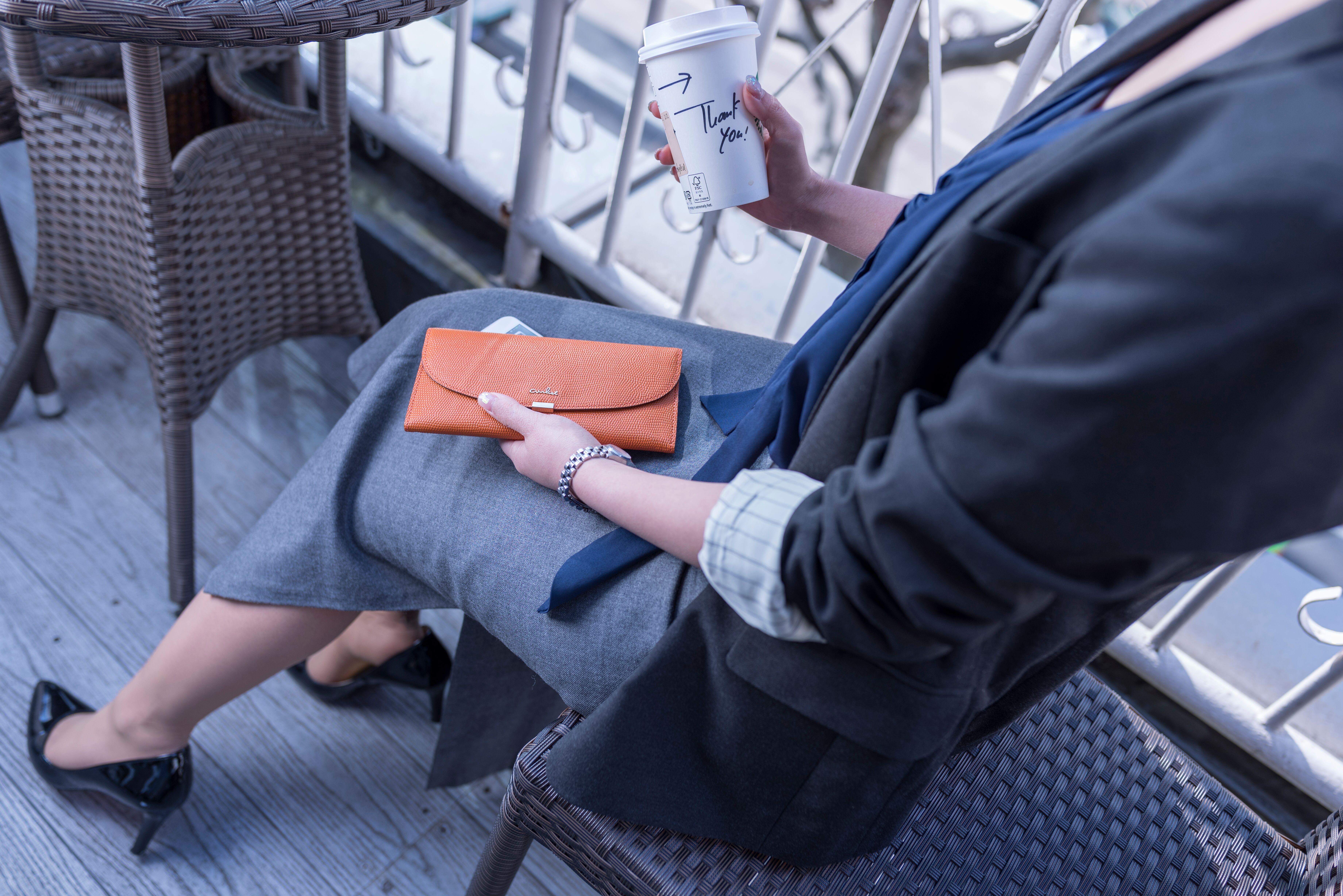 ギャルソン長財布 ギャルソン財布 ギャルソン 財布 長財布 薄い財布 軽い財布 エアリスト airlist wallet ピリカ pirika 軽いバッグ ポシェット フェザー ルナ luna