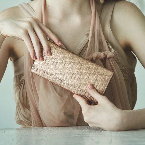 どこがすごいの?エアリストの薄い財布