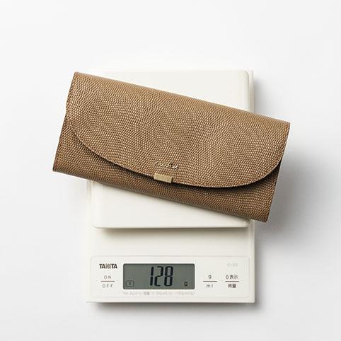 130g以下で作られたエアリストの薄くて軽いお財布